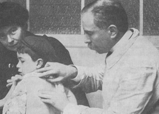 Rene Quinton leczy dzieci plazmą morską